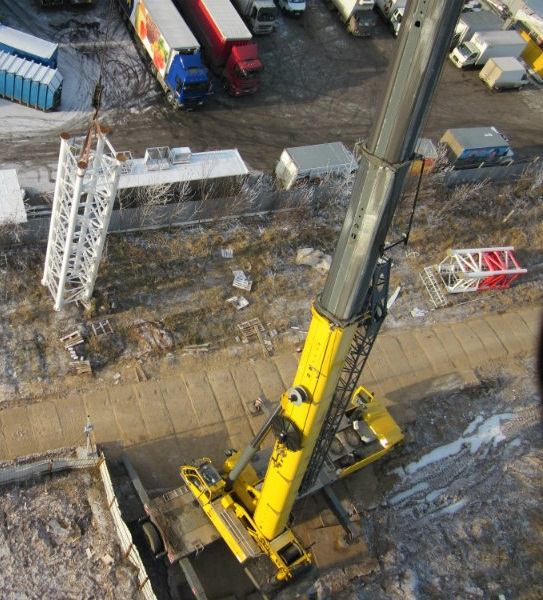 crane-service-for-cellular-industry